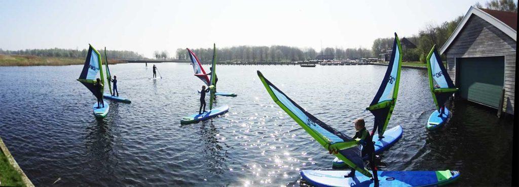 Windsurfles voor iedereen. Jong en oud, beginner tot vergevorderd